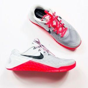 Nike Metcon 3 Training Shoes Pink/Gray